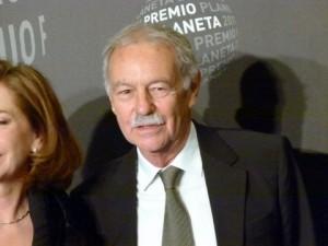 Eduardo Mendoza