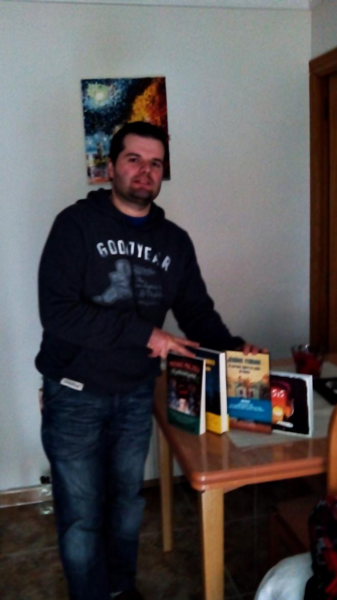 Ivan Mena -Penguin Random House